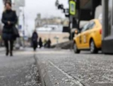 Чем посыпают дороги в Киеве и насколько это вредно